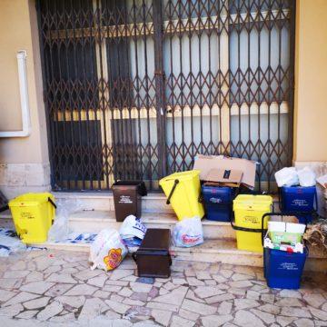 Domani operativi i centri per la raccolta dei rifiuti. Attiva anche l'isola ecologica Signorino