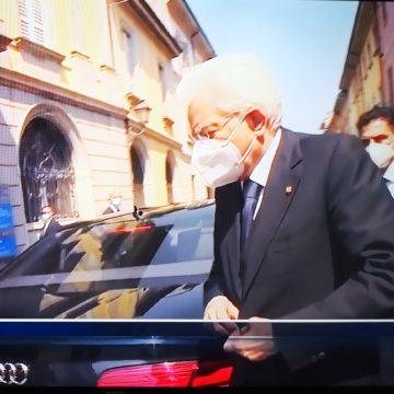 """Mattarella a Codogno: """"In questi luoghi si ritrova oggi la Repubblica. Da qui vogliamo ripartire"""""""
