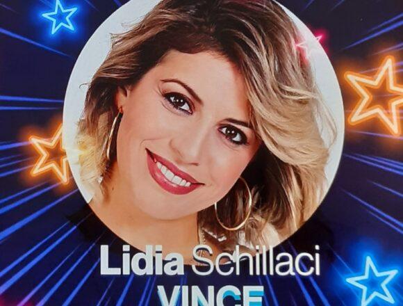 """La bravissima siciliana Lidia Schillaci vince l'edizione 2020 di  """"Tale Quale e Show"""" imitando la grande Mina"""