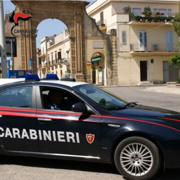 Castelvetrano. 28enne agli arresti domiciliari non rinuncia a frequentare gli amici: arrestato dai Carabinieri