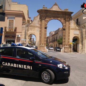 Castelvetrano. Si fingeva agente assicurativo a scopo di truffa: denunciato dai Carabinieri