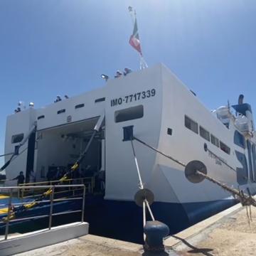 Isole minori, salpa il nuovo traghetto Mazara-Pantelleria. Musumeci: «Segno di rivincita dopo vent'anni»