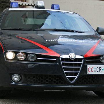 Marinella. Ubriaco lancia pietre contro un'auto: arrestato dai Carabinieri